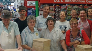 Bunnings - Painting session group